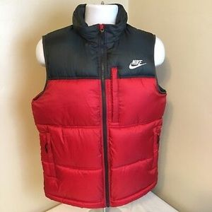 Nike Puffer Vest Red Black Youth Large